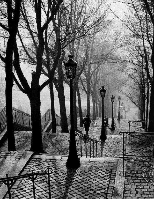 Brassaï - Escalier de la butte Montmartre (1938)